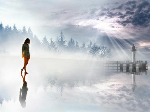 girl_walking_in_the_hazy_light